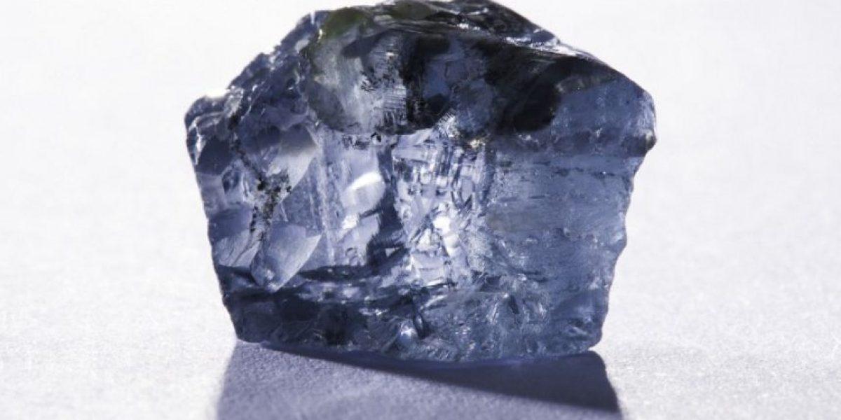 Descubren en Sudáfrica un excepcional diamante azul