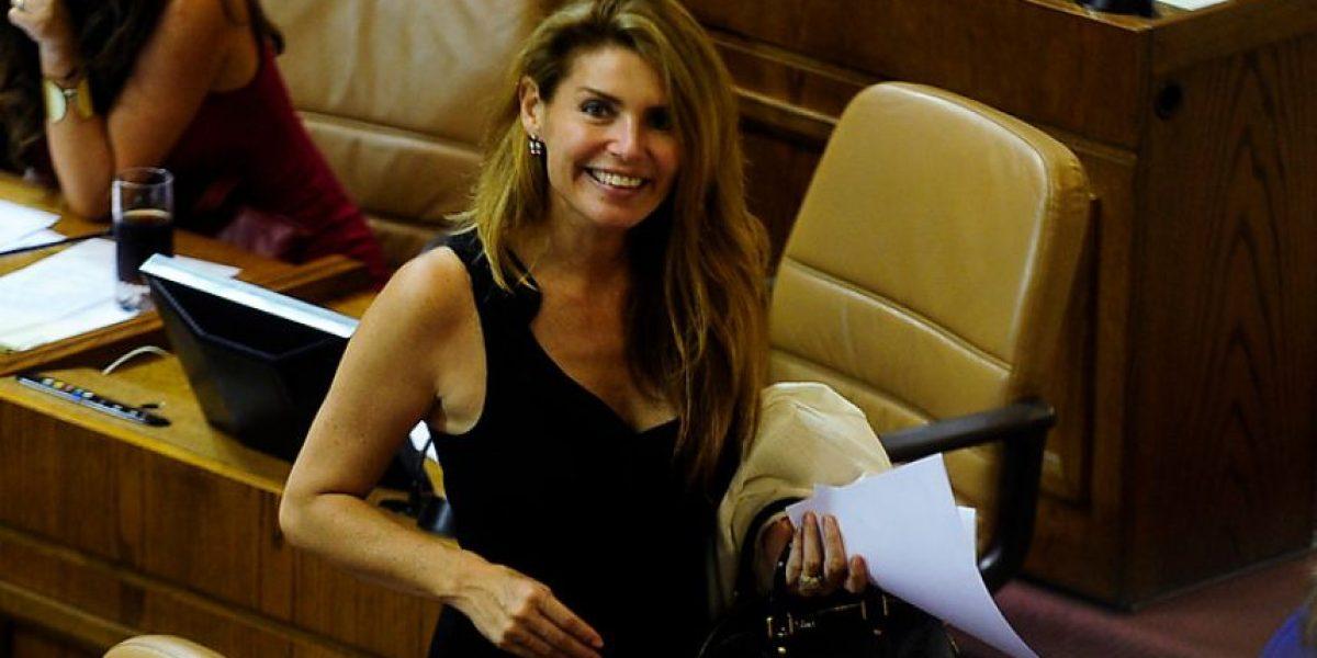 [FOTOS] Andrea Molina se roba todas las miradas en discusión por proyecto de TV Digital
