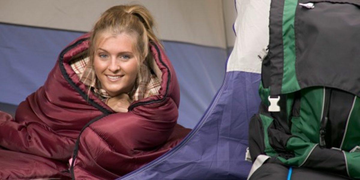 Consejos para elegir el saco de dormir ideal para estas vacaciones
