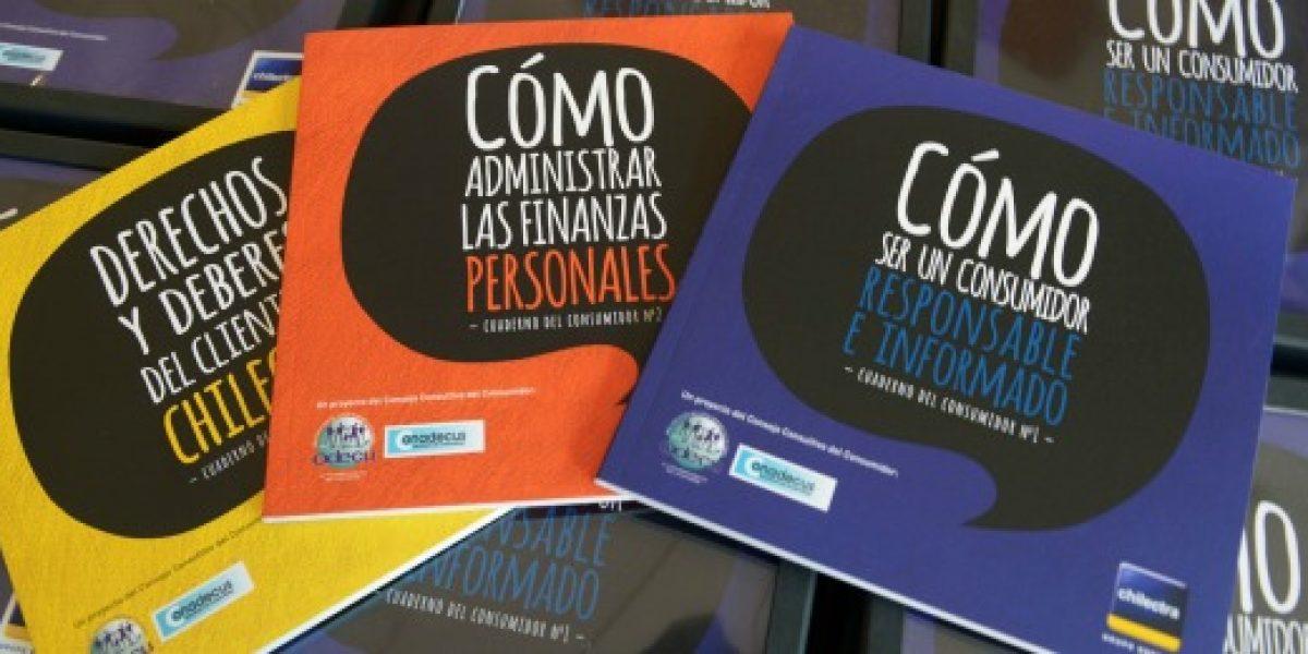 Chilectra y organizaciones de consumidores presentan publicaciones de educación financiera