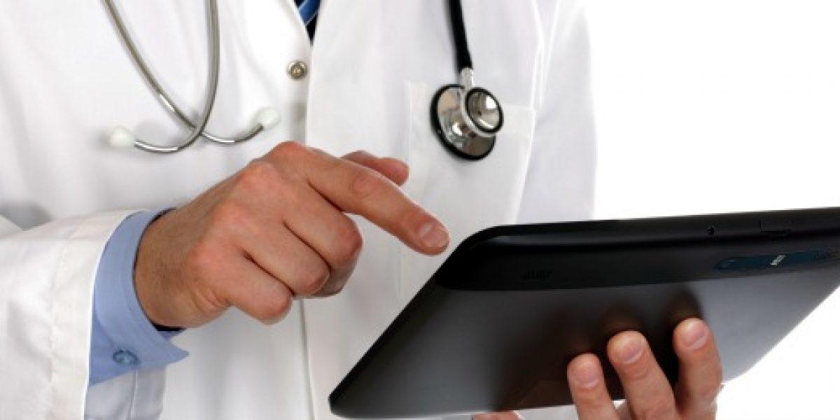 Estudio: crece número de chilenos que prefieren atenderse en la salud privada