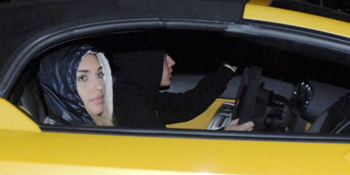 Revelan foto de Justin Bieber manejando el lamborghini antes de ser detenido