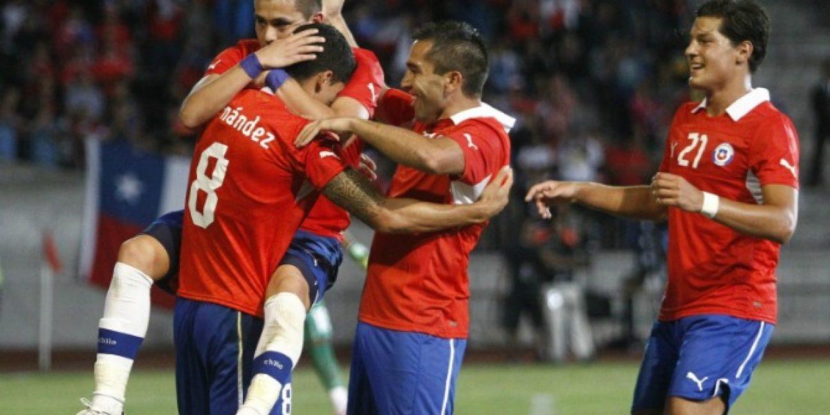 Los hinchas twitteros aprobaron el debut de Albornoz y Hernández en la Roja