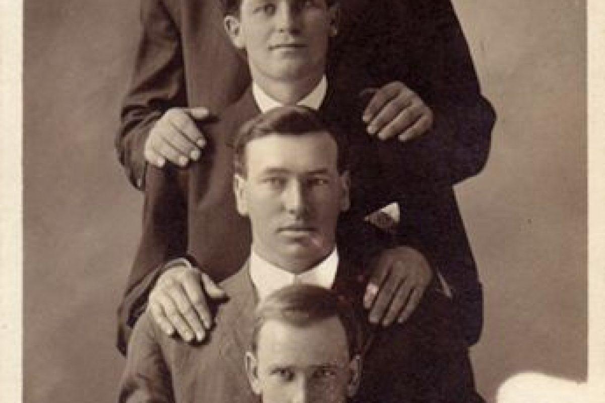 Cuatro hombres en Óregon Foto:http://blackandwtf.tumblr.com/. Imagen Por: