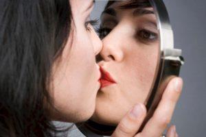 Trastorno que posee una persona al sentirse atraído sexualmente así mismo Foto:Flickr image. Imagen Por: