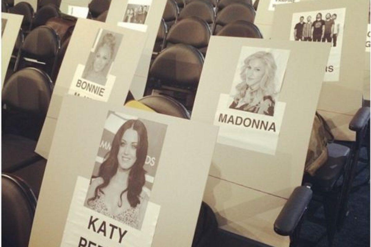 Otro detalle que se ha filtrado es la cercanía que tendrán Madonna y Katy Perry Foto:twitter.com. Imagen Por: