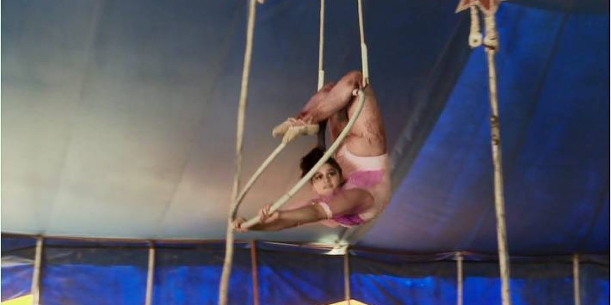 Janaina quiere ser artista de circo en