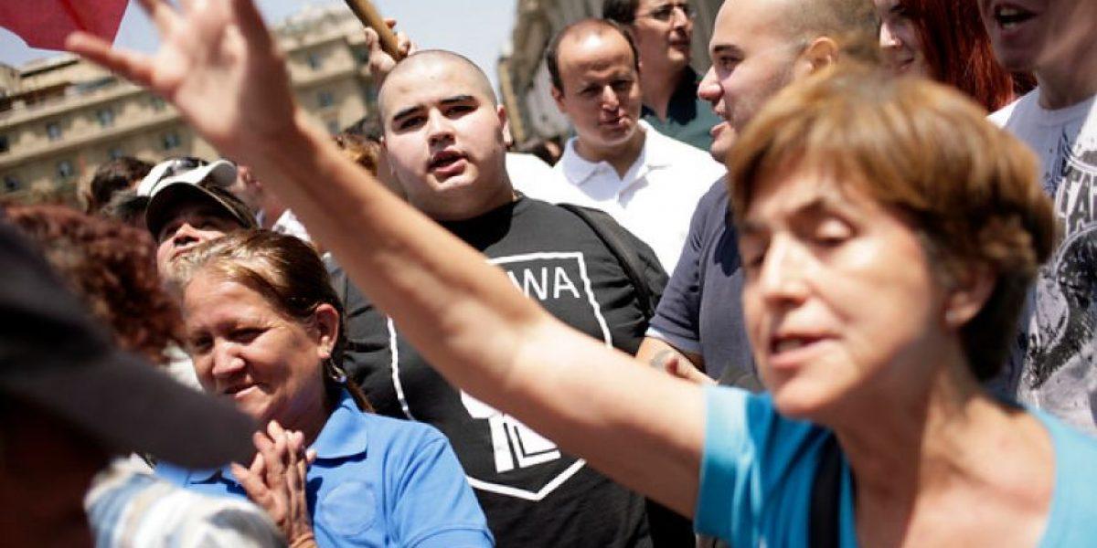 Supuestos neonazis causan incidentes en la Plaza de Armas