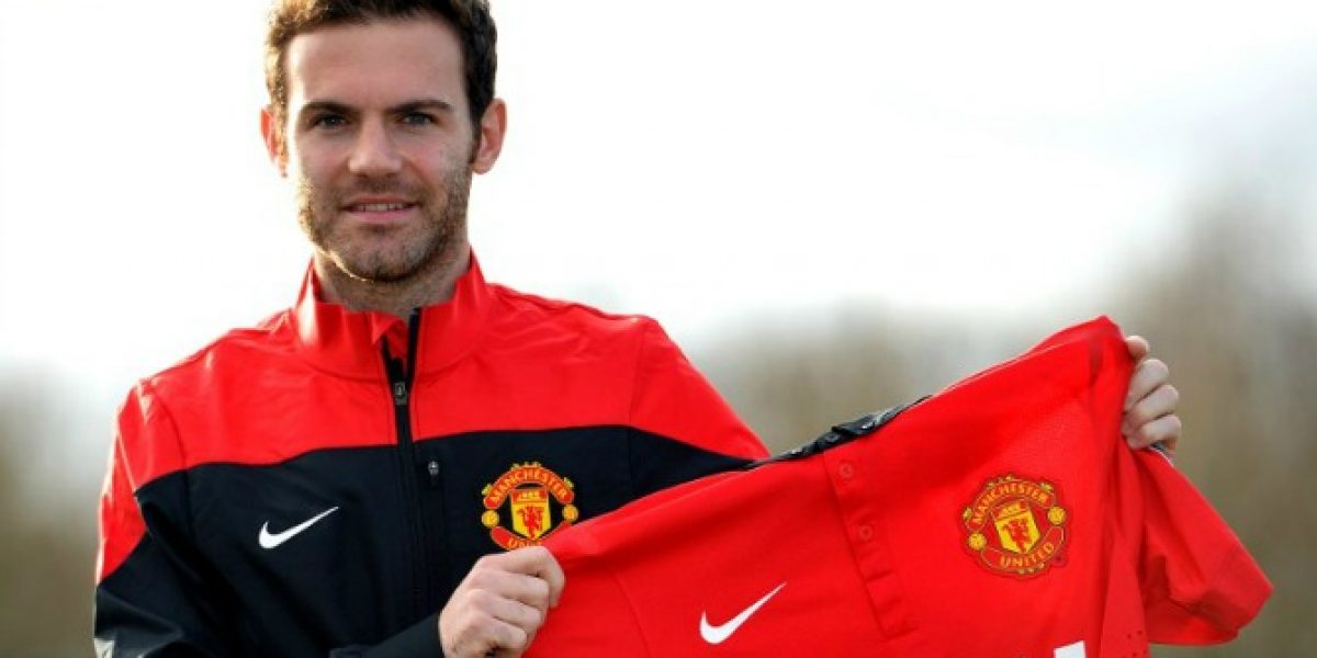 No tendrá el mítico 7: Mata fue presentado en el United y ya tiene número asignado