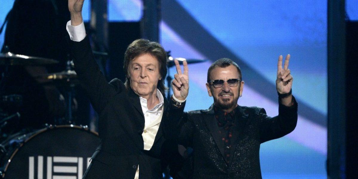 Paul McCartney y Ringo Starr se reunieron en los Grammy Awards