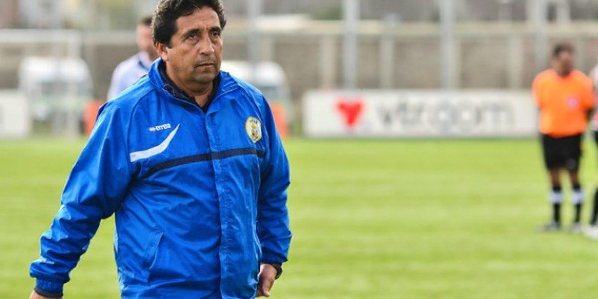 Nueva víctima del fútbol chileno: Lepe fue despedido de Naval de Talcahuano