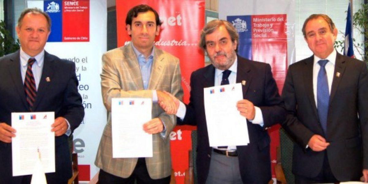 Subsecretaría del Trabajo y Asimet firman convenio para desarrollo de capacitación en industria metalúrgica
