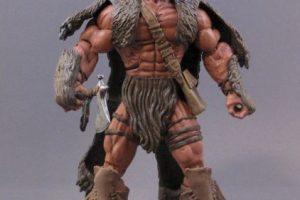 """Chewing Bear – Fiel compañero de Hank Solomon quien lo ayudo cuando """"Vardas"""" quería masacrar a la tribu india. Foto:sillof.com. Imagen Por:"""