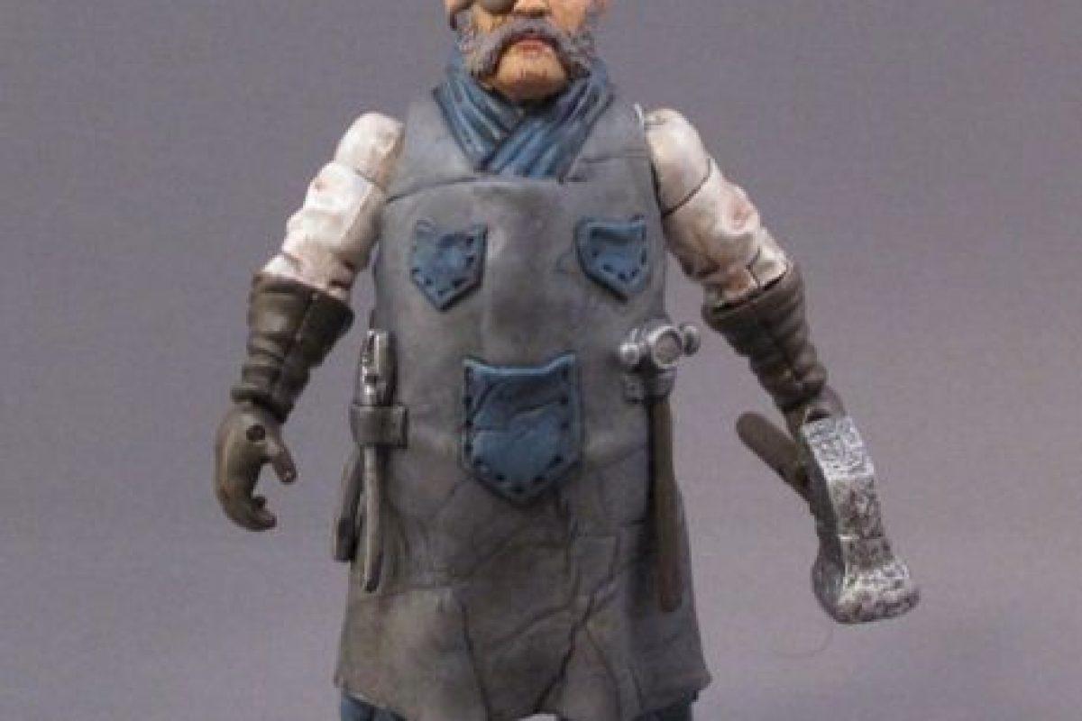 """""""Rusty"""" Ransen D. Dalton – Hábil con las herramientas pero no debe ser subestimado por su estatura. Foto:sillof.com. Imagen Por:"""