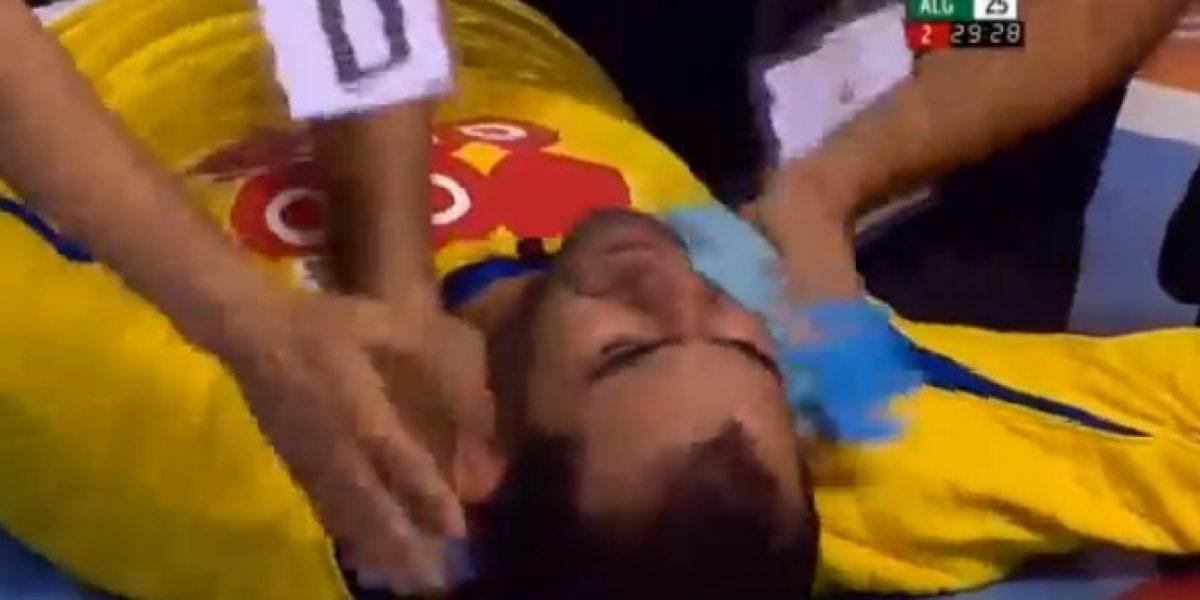 Video: Portero argelino de handball se desmayó de emoción en pleno partido