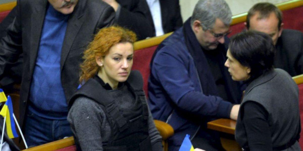FOTOS: Así asiste esta bella diputada ucraniana al Parlamento
