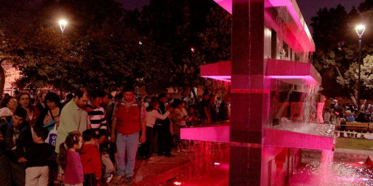 [FOTOS] Inauguran luces y piletas de agua en Plaza de Tomé