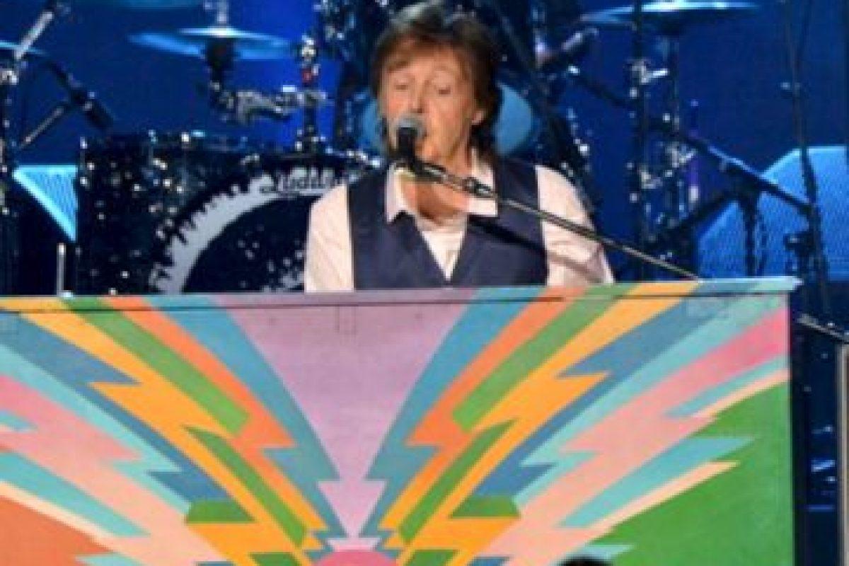 En el especial Paul y Ringo interpretan 2 canciones: With a little Help from my friends y cierran el concierto con Hey Jude. Foto:gettyimages.com. Imagen Por:
