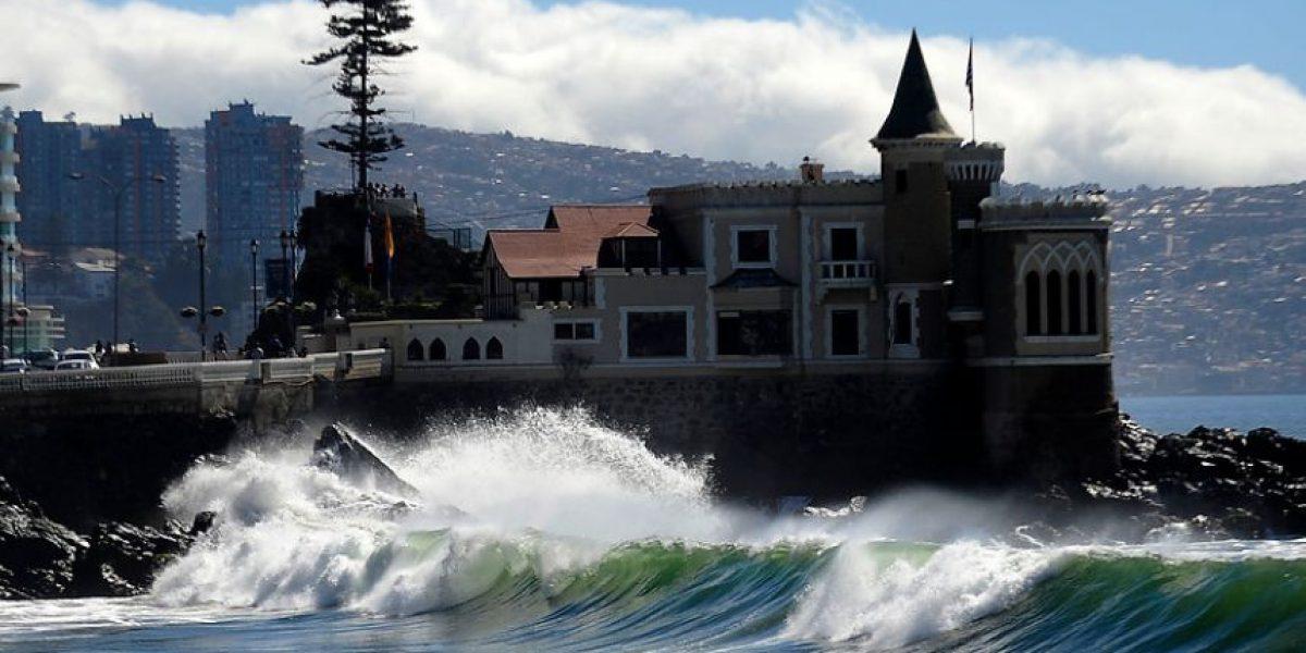 [FOTOS] Fuertes marejadas azotan las playas de Viña del Mar