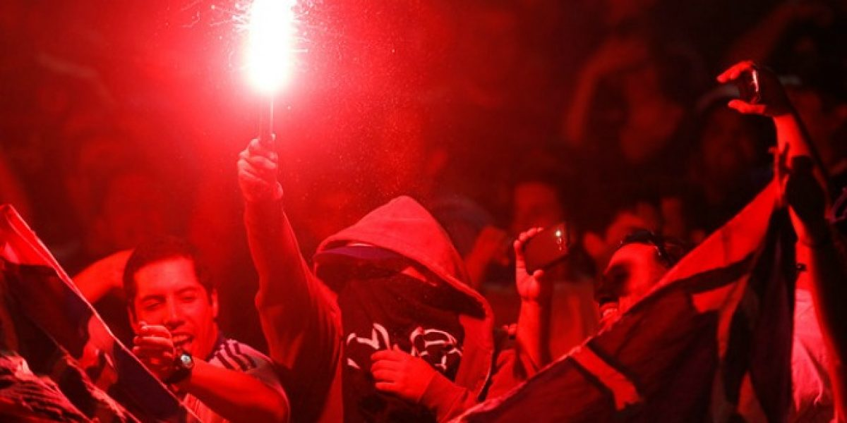 El castigo que arriesga Universidad de Chile por las bengalas ante Guaraní