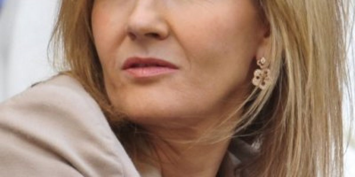 J.K. Rowling demanda a Daily Mail por difamación