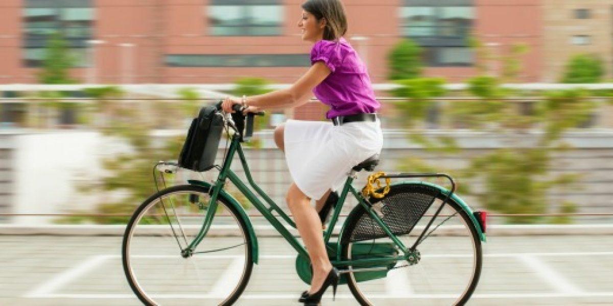 Los beneficios de pedalear a la oficina
