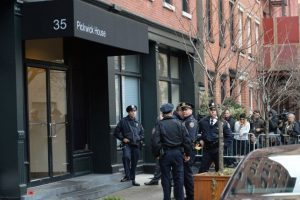 Edificio donde fue encontrado el cuerpo del actor. Foto:AFP. Imagen Por: