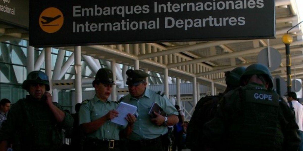 Descartan que paquete sospechoso en tienda del aeropuerto de Santiago era un explosivo