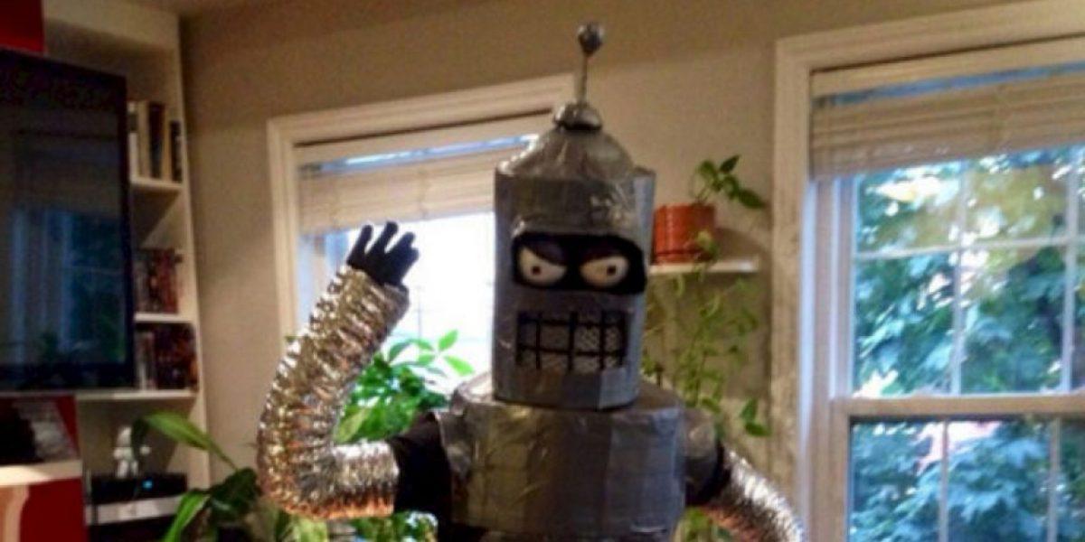 ¿El abuelo de Bender? Científicos inventan el primer robot catador de cerveza