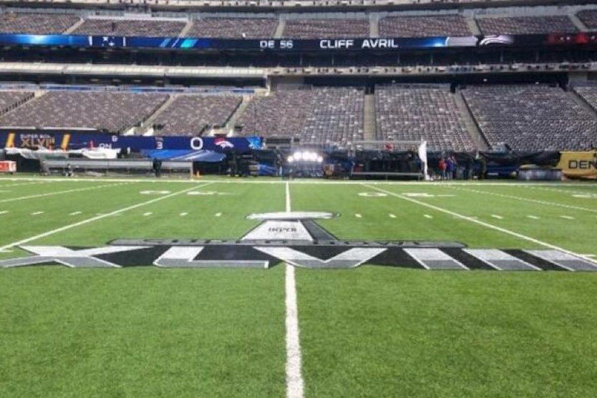 El estadio antes del partido. Foto:Twitter. Imagen Por: