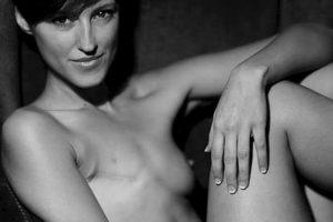El retrato desnudo de Malú Galeote fue eliminado de la red social Foto:Benya Acame / ABC.es. Imagen Por: