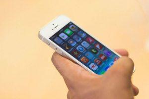 El iPhone 5S. Foto:getty images. Imagen Por: