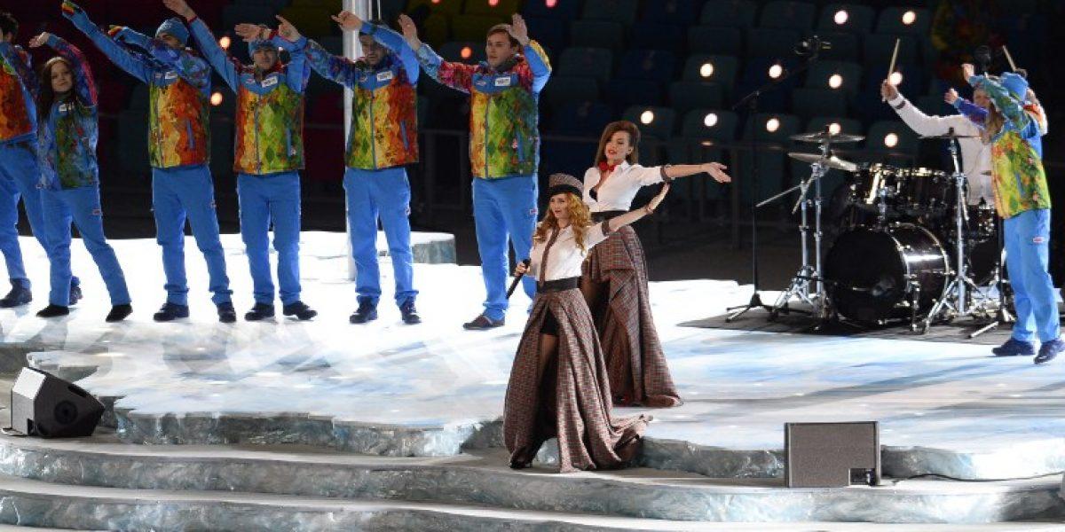 El dueto t.A.T.u dio inicio a los Juegos Olímpicos de Invierno