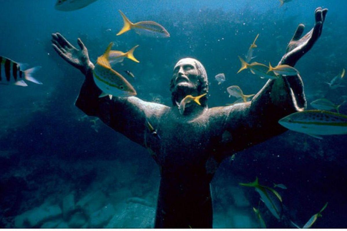 Foto:Cristo del Abismo en San Fruttuoso, Italia. Imagen Por: