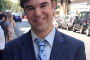 hermano del ex ministro de Cultura, Luciano, candidato a diputado por distrito 30, renunció en agosto a su puesto como asesor legislativo de la Subsecretaria de Prevención del Delito. Después de la campaña fue recontratado, entre noviembre y diciembre por $2.976.750. Foto:facebook. Imagen Por: