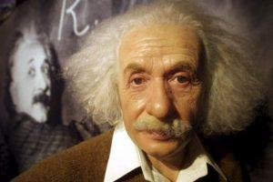 "Albert Einstein era todo un ""playboy"", engañó a sus dos esposas Foto:Getty Images. Imagen Por:"
