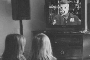 Un niño promedio es testigo de 200 mil actos violentos antes de cumplir 18 años (gracias a la televisión) Foto:Tumblr. Imagen Por: