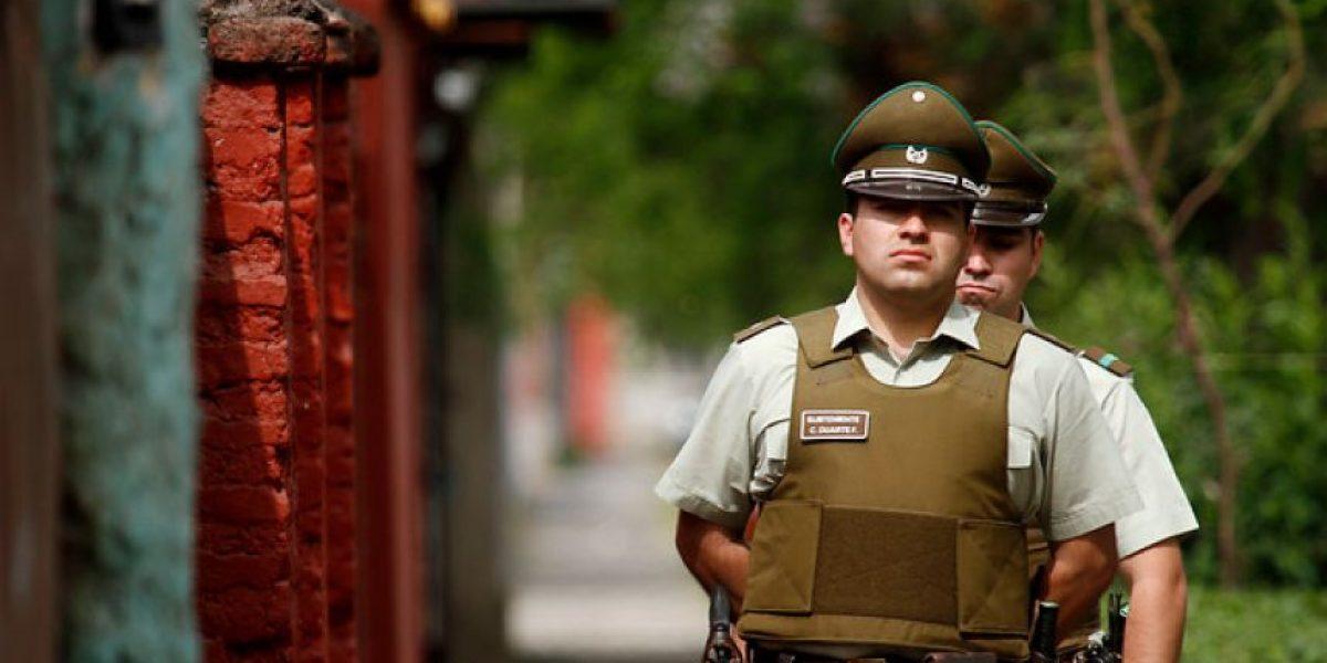 Carabineros atendió el parto de una mujer en un edificio de Santiago
