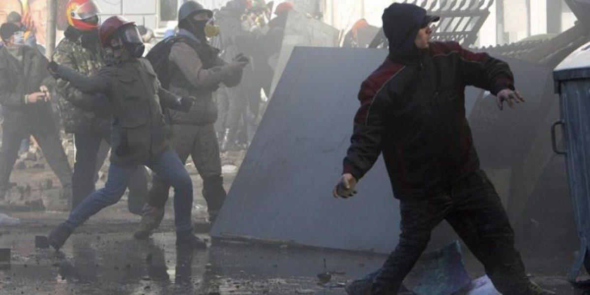 La policía ucraniana cifra en nueve los muertos en los disturbios en Kiev