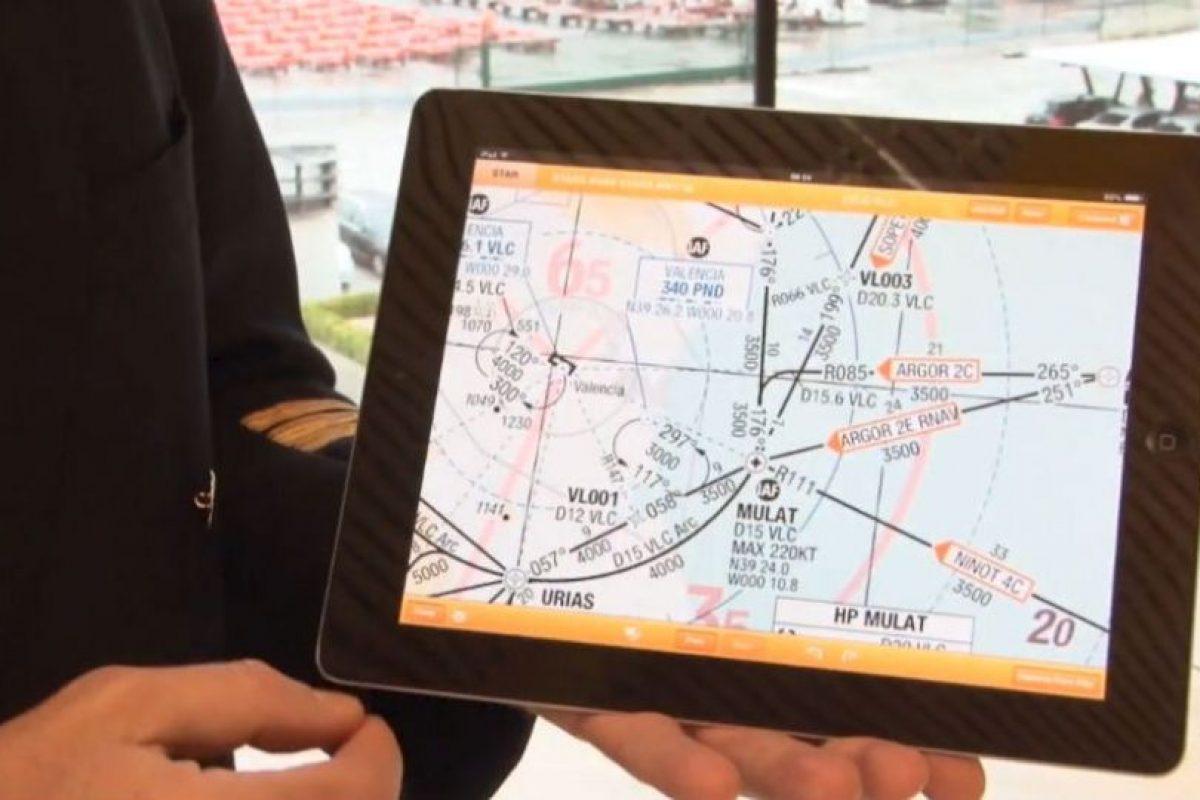 Podrán entrar a apps que los ayuden en los vuelos. Foto:Iberia. Imagen Por: