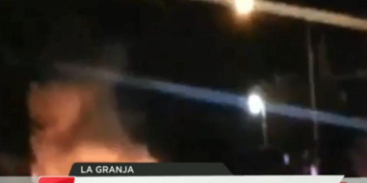 Desconocidos queman bus del Transantiago en La Granja