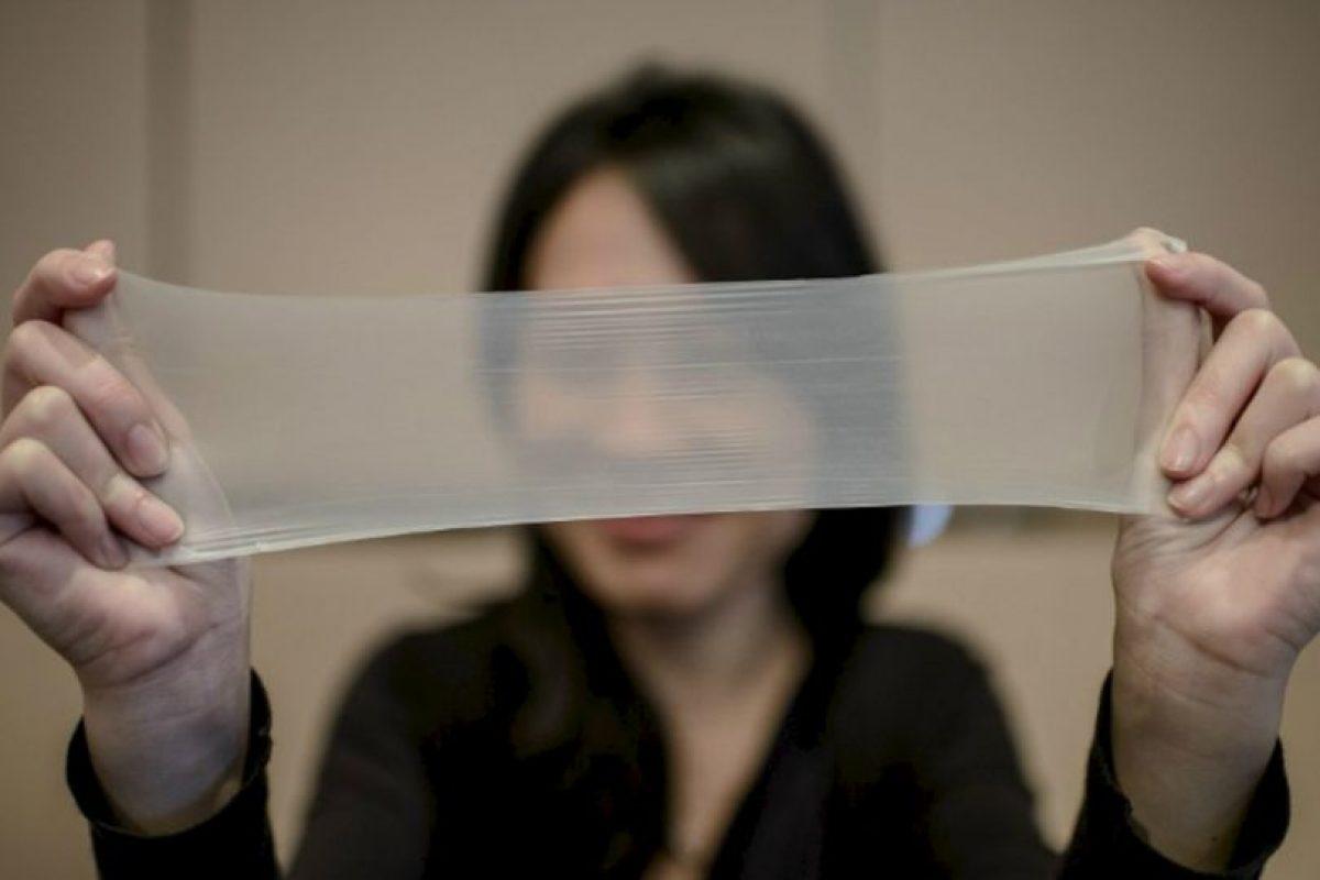 Record Guiness por el condón más delgado del mundo Foto:AFP. Imagen Por: