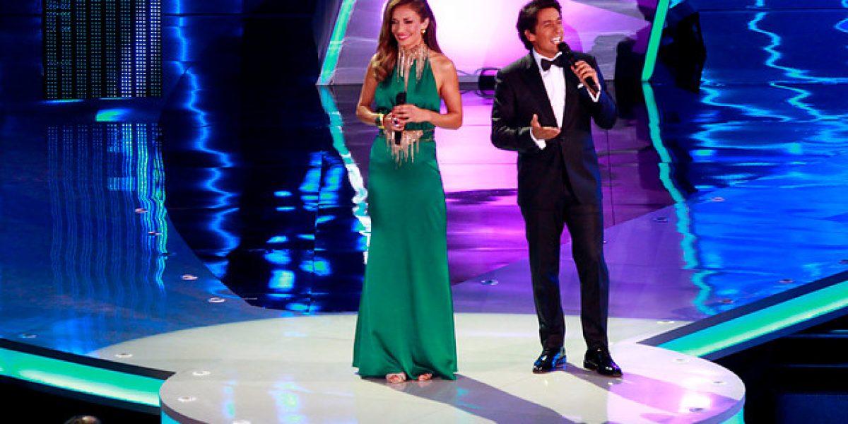 Vestido de Carola de Moras generó opiniones encontradas en Twitter