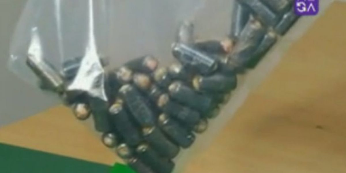 Olor a excremento delató a boliviano que transportaba más de 76 ovoides de cocaína en su estómago