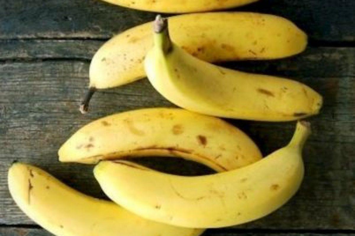 Comer plátano Foto:Getty images. Imagen Por: