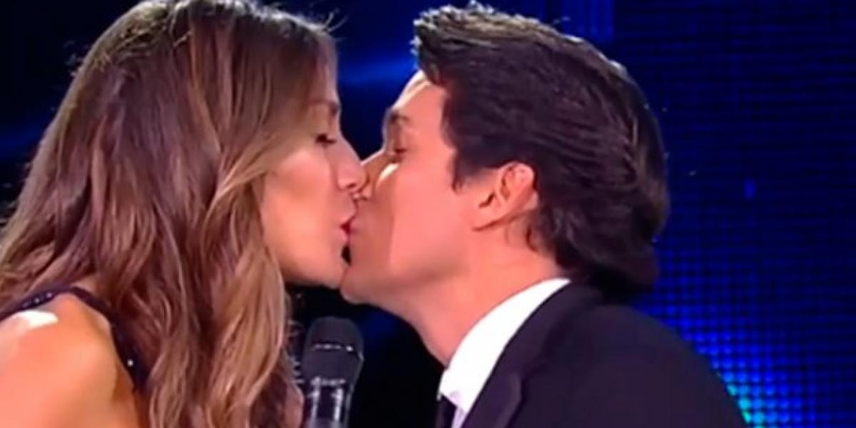 Rafa Araneda da el último beso a Carola de Moras y agradece haber trabajado con ella