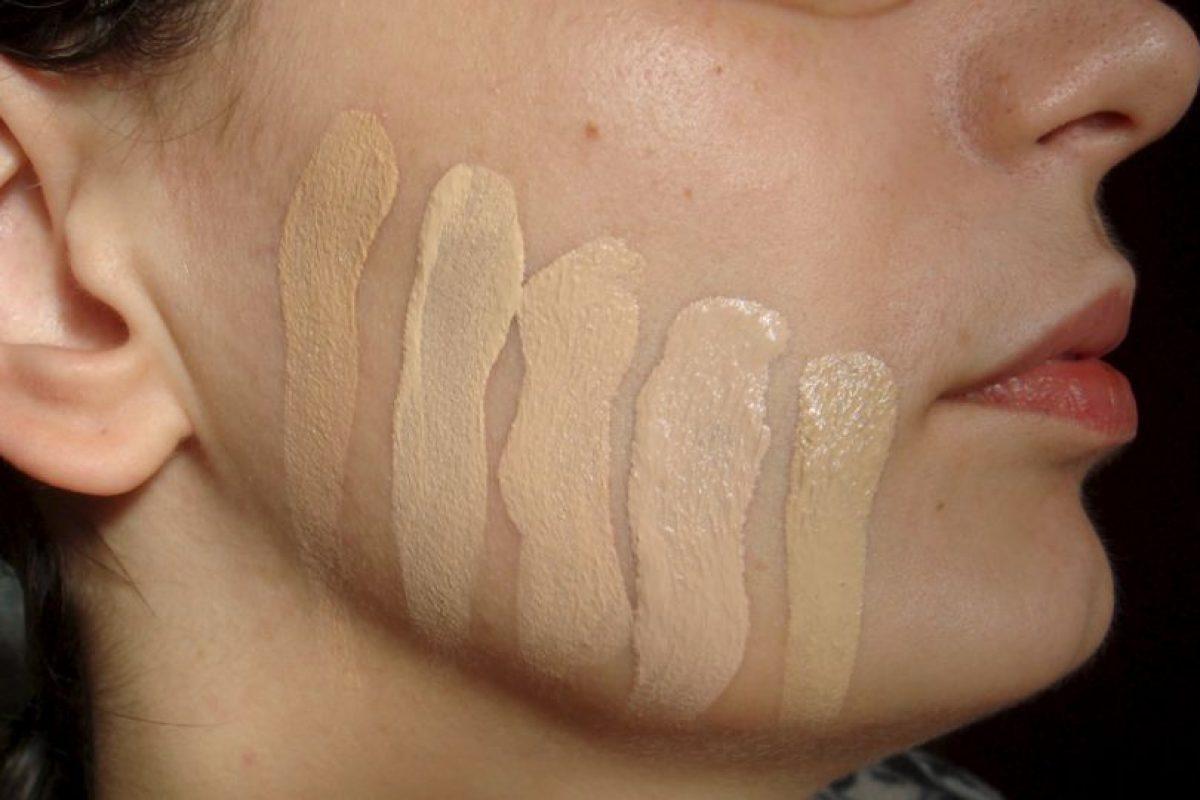 El maquillaje o base para la cara surgió en 1920. Foto:Flickr. Imagen Por: