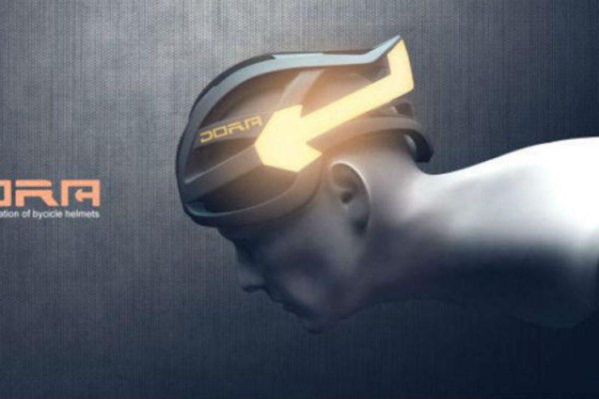 Dora es un casco que le da a los ciclistas de las grandes urbes la señalización que les hacía falta para hacerse notar entre tanto automóvil. Foto:Facebook. Imagen Por: