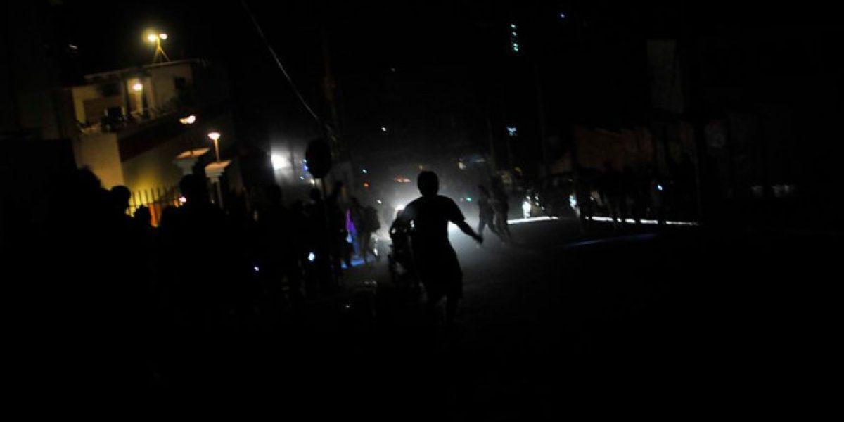 Aumentan a seis los muertos tras el terremoto de 8.2 Richter que afectó al norte del País
