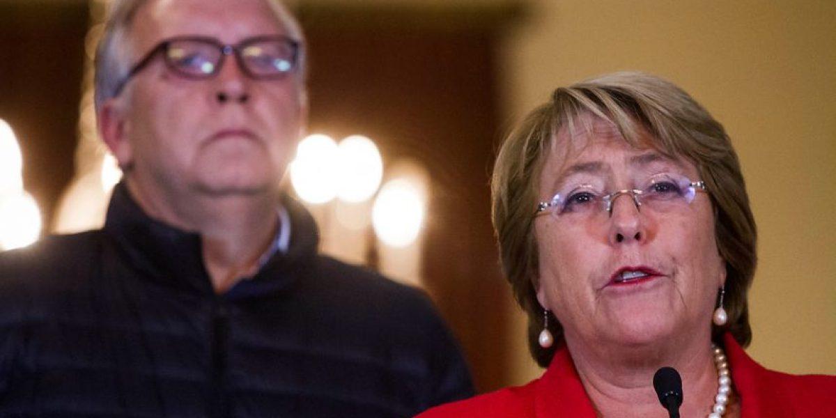 Bachelet prefirió coordinar en La Moneda y no ir a la Onemi tras terremoto en el norte